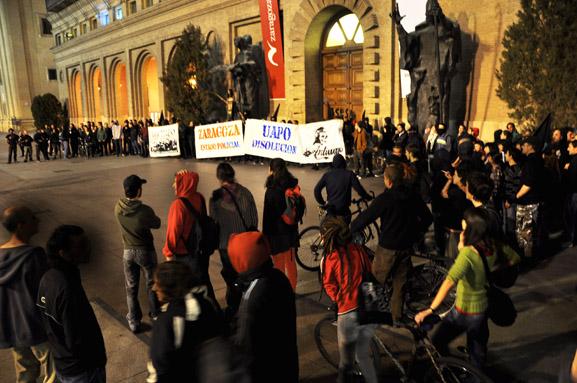 Manifestación para exigir la disolución de los UAPO