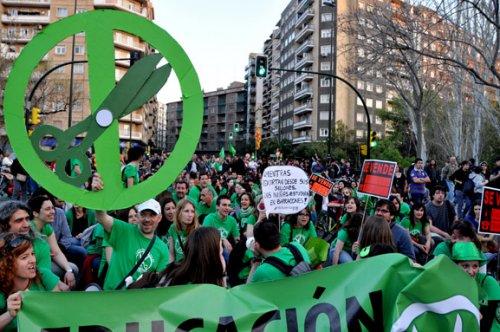 Marea Verde critica el trato al profesorado interino