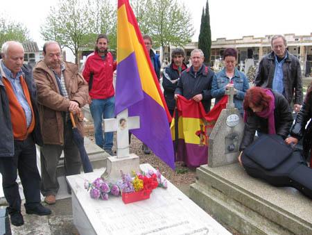 Homenaje a la miliciana en Sariñena