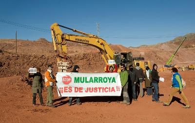 Por la paralización del pantano de Mularroya