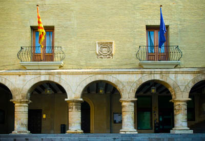 """CHA considera que el Ayuntamiento de Monzón no es """"ejemplar"""" al licitar un minibus """"sin plantear"""" que sea ecológico"""