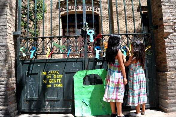 Llaves para abrir al barrio un viejo instituto de Zaragoza