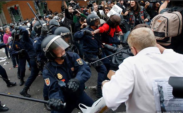 """Puyalón de Cuchas tacha de """"violenta y antidemocrática"""" la respuesta del Estado español frente a los manifestantes del 25S"""