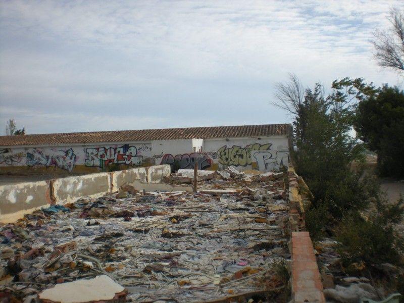 La AV Venecia denuncia el lamentable estado del antiguo picadero de Zaragoza