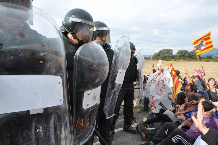 IU y CHA llaman a la participación masiva en la manifestación por la absolución de los 8 de Yesa