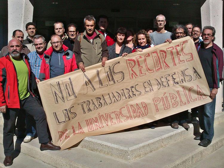 El PAS de la Universidad de Zaragoza se rebela ante los recortes