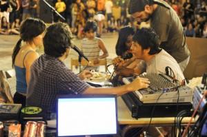 Foto de Daniel Surutusa en el 10º aniversario de La enredadera