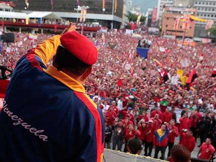 La juventud trabajadora aragonesa con la Revolución Bolivariana, con el comandante Chávez