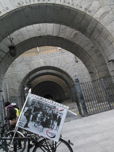 Pedaleando por la Memoria Antifaixista