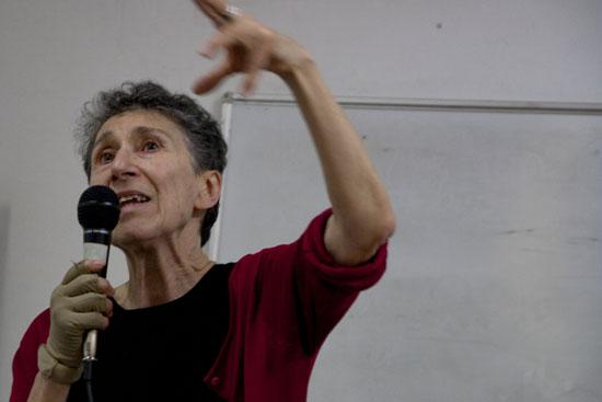 """Entrevista a Silvia Federici: """"La cadena de montaje empieza en la cocina, en el lavabo, en nuestros cuerpos"""""""