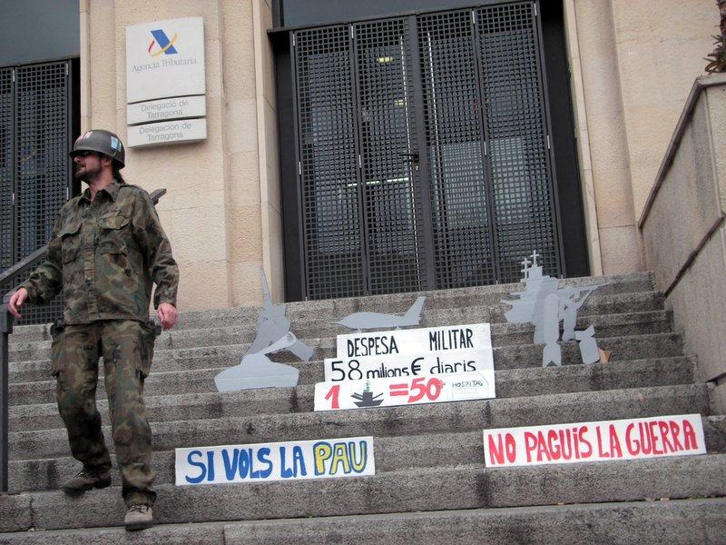 Se duplican en Aragón los casos de desobediencia al destino militar de los impuestos