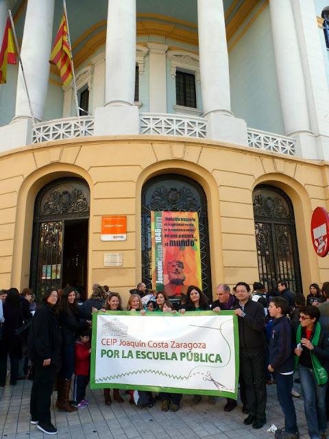 Jornada de protestas y debates en la enseñanza pública aragonesa