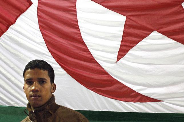 Marruecos condena a cadena perpetua a varios activistas saharauis por el levantamiento del campamento de Gdeim Izik