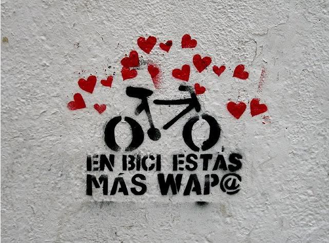 Solicitan la adaptación para la bicicleta de los accesos a importantes centros educativos y de trabajo de Uesca