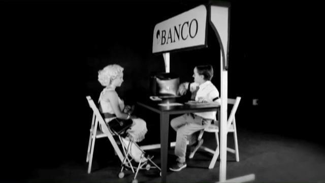 """""""Con tu dinero"""" documental que refleja las prácticas financieras alternativas a la banca convencional"""