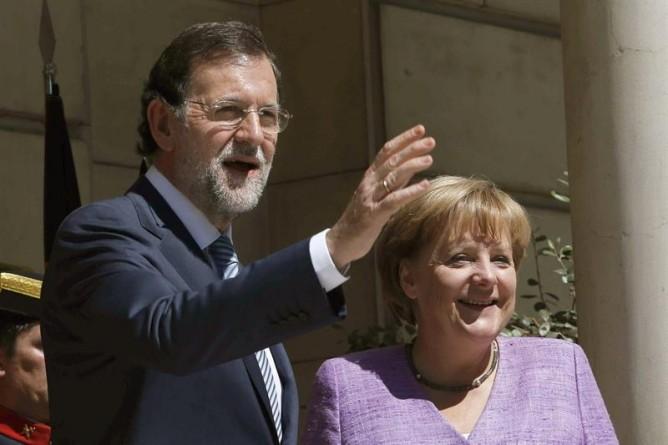 """Las mareas de Uesca se movilizan contra las políticas de """"austeridad"""" de Merkel y Rajoy coincidiendo con la Cumbre Europea"""