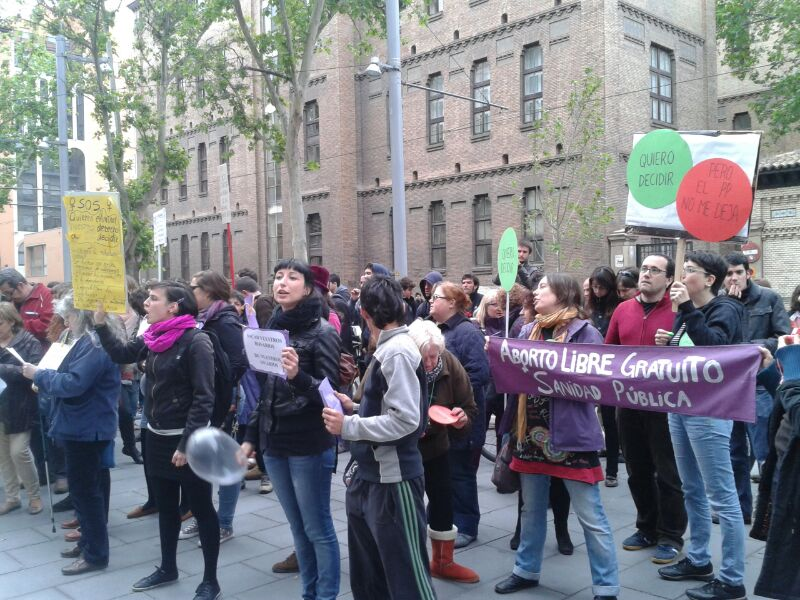 El PP Aragón 'escuchó' ayer las críticas a su reforma de la 'Ley del Aborto'