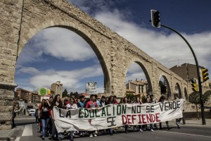 9 de mayo de 2013, Teruel.- Manifestación de la Asamblea de Estudiantes de Teruel. Foto: AraInfo Teruel