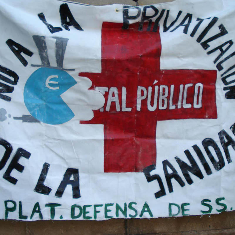 Encierro en el Hospital de Alcañiz contra la privatización de los servicios públicos
