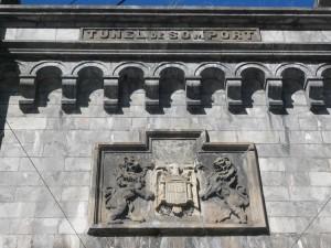 canfranc escudo franquista