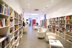 La presentación es esta tarde a las 19.00 horas en la Librería La Pantera Rossa (en la imagen). Foto: A54insitu