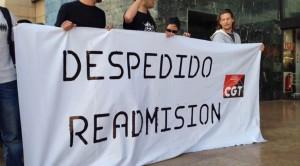 Zaragoza, 25 junio 2013.- Concentración por la readmisión de Javi. Foto: AraInfo