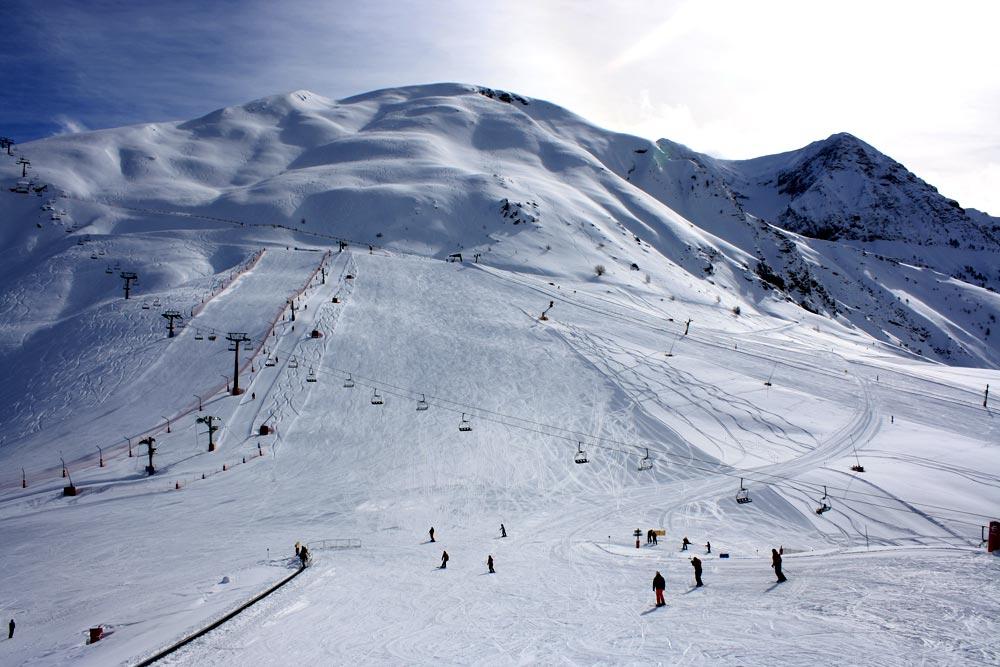 Desconvocados los paros parciales en las estaciones de esquí de Aramon