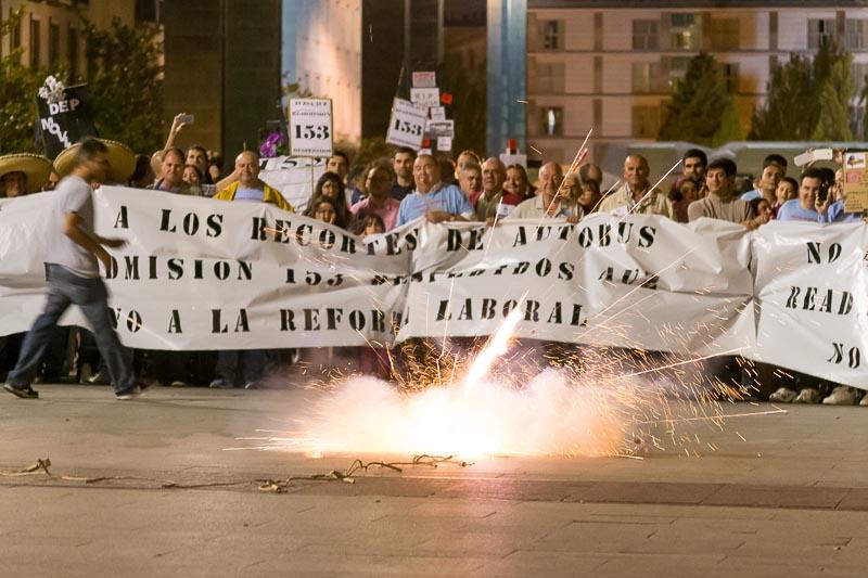 """Las plantillas de AUZSA, Tragsa y BRIF se concentran """"por unas condiciones laborales dignas"""""""