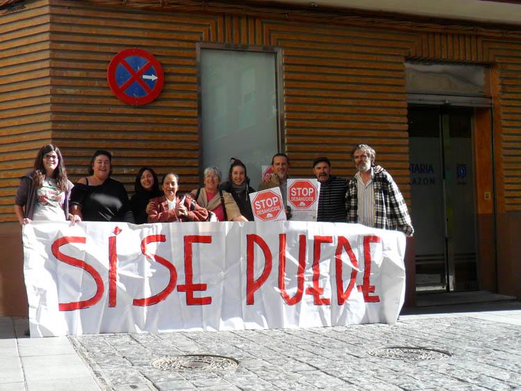 El grupo de vivienda del 15M de Uesca consigue la dación en pago en el caso de Blanca