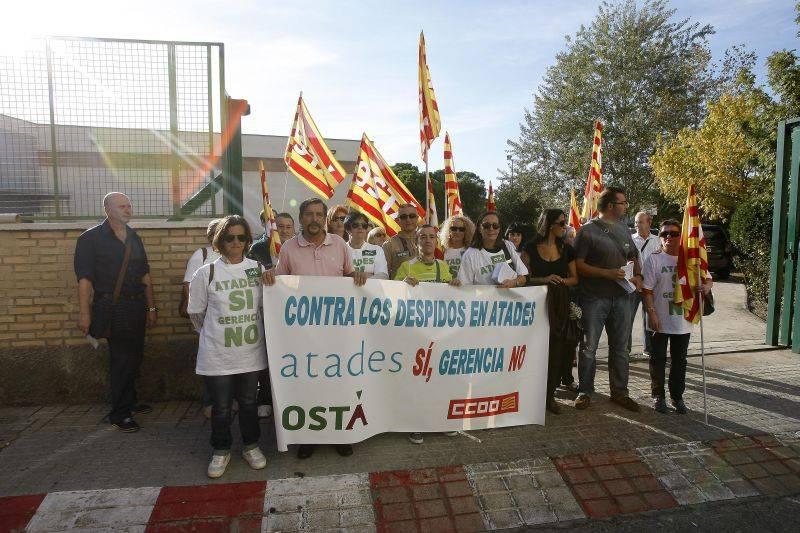 La gerencia de Atades despide con dinero público, según OSTA