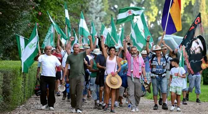 """Óscar Reina: """"Nos quedamos a pelear por lo nuestro, si es necesario ocupando los centros de trabajo"""""""