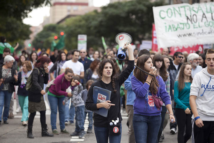 El claustro del IES Biello Aragón de Samianigo pide una moratoria en la implantación de la Lomce