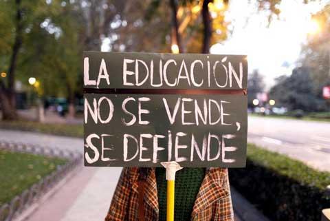 """IU Aragón acusa a Educación de """"falta de voluntad política"""" para acabar con los recortes impuestos a través de la Ley Wert"""
