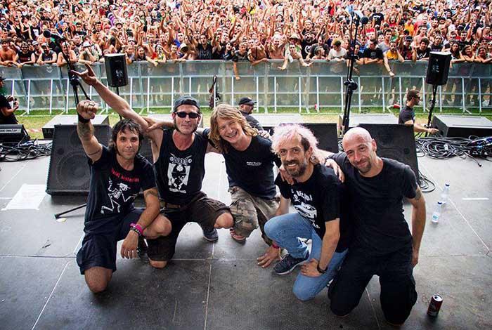 Manolo Kabezabolo y Los ke no dan pie kon bolo actuarán este sábado en el Festival Rock de Albox