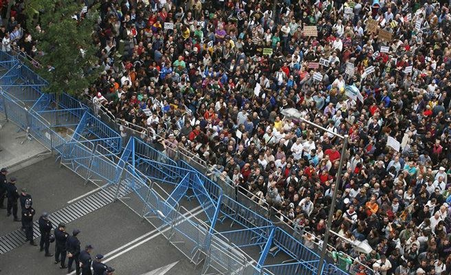 Convocan en Madrid un nuevo 'Rodea el Congreso' contra la Ley de Seguridad Ciudadana