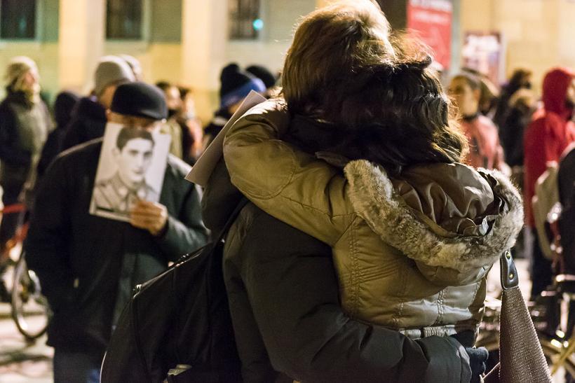 Emotivo acto en Zaragoza como homenaje a las víctimas del franquismo y la ultraderecha