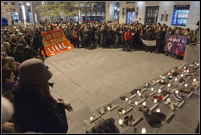 Nueva concentración en Zaragoza contra la violencia machista