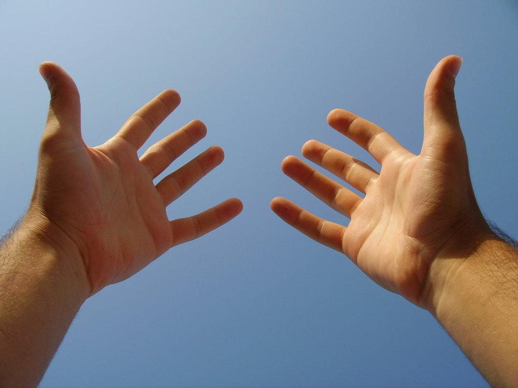 Recuperar el valor de darse la mano