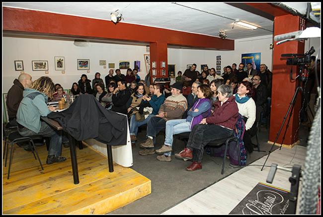 Éxito, humor, risas, color y calor en la presentación de MESCoop Aragón