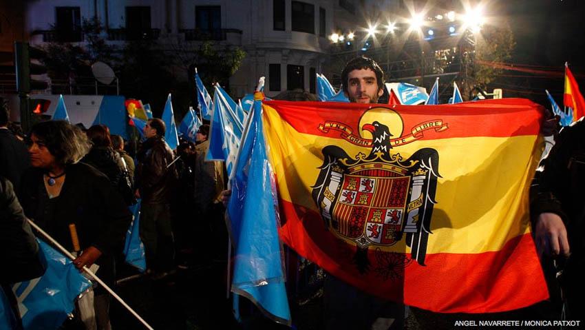 La exhibición de símbolos franquistas queda sin castigo en la nueva Ley de Seguridad Ciudadana