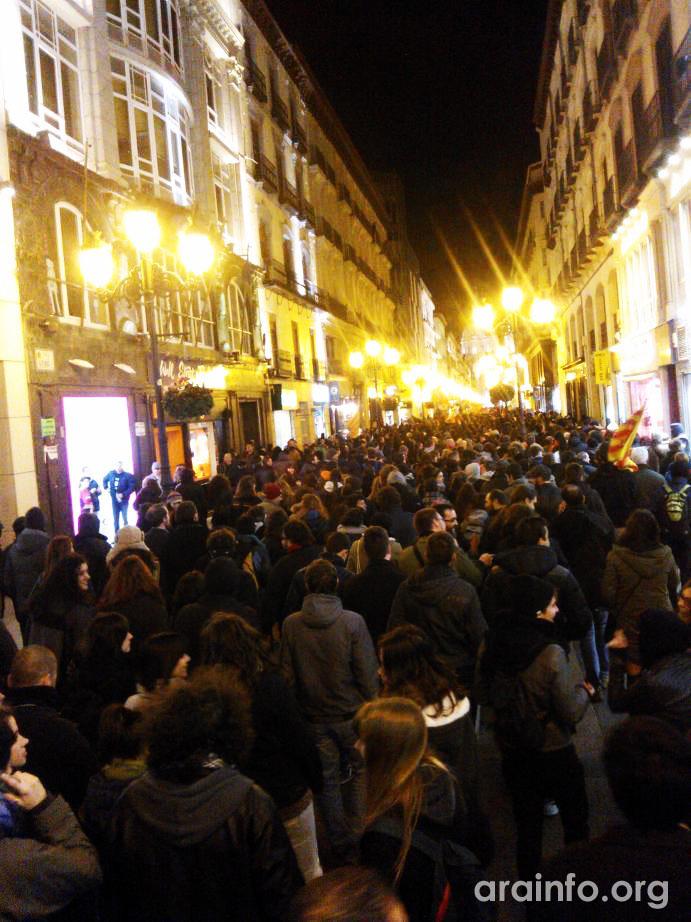 """Zaragoza exige el final """"de la crisis-estafa"""" y reivindica """"lucha social, dignidad, y derechos sociales"""""""