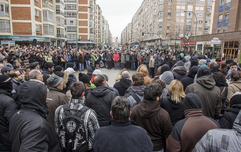 """Colectivos, partidos, sindicatos y vecinales de Aragón convocan citas solidarias con la lucha de Gamonal: """"Vuestra resistencia es la nuestra"""""""