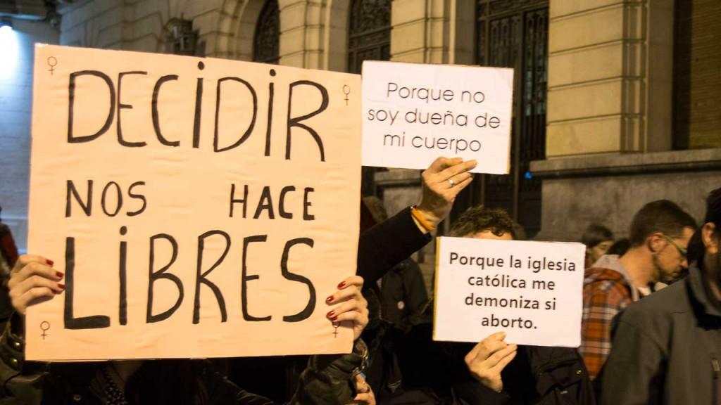"""IU Aragón denuncia al PP por utilizar a las menores como """"moneda de cambio"""" para contentar a su sector más retrógrado"""