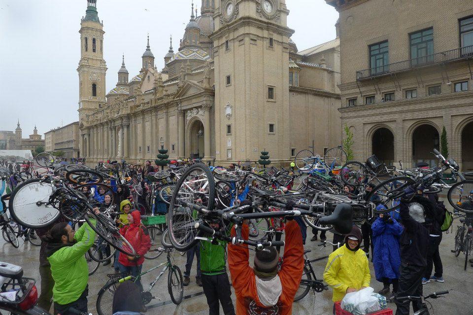 Exigen un casco histórico ciclable para Zaragoza
