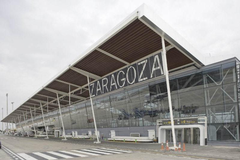 Nuevas rutas aéreas para unir Aragón con Galiza y Marrakech