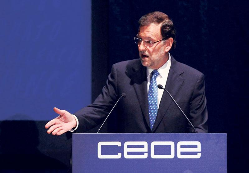 Rajoy utilizará el Constitucional para pedir la inmediata suspensión de la resolución del Parlament