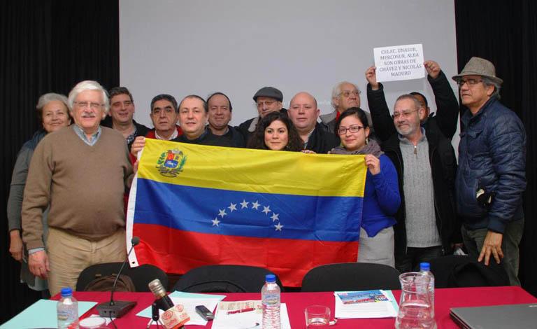 """Movimientos de solidaridad repudian las """"prácticas terroristas"""" de la ultraderecha venezolana y expresan su respaldo a Maduro"""