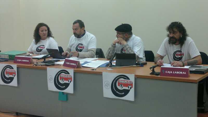 La mayoría de los trabajadores del bus urbano de Zaragoza optan por la municipalización