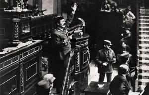 Antonio Tejero en el asalto al Congreso español, el 23 de febrero de 1981.