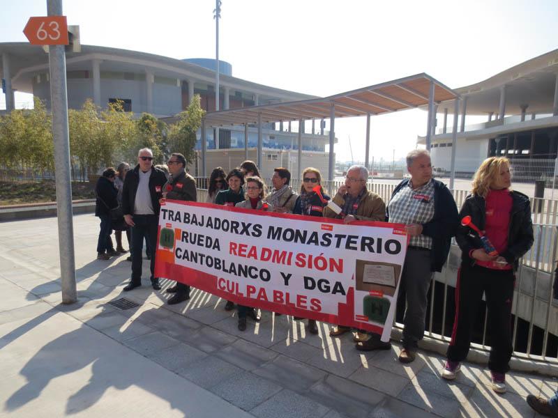 La plantilla del Monasterio de Rueda se concentra en defensa de los puestos de trabajo